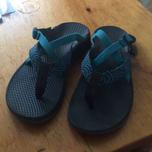 Chaco Flip flops: size US8